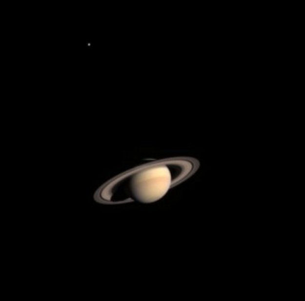 First_colour_view_of_Saturn_from_Cassini-Huygens_large.jpg